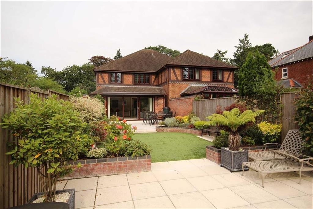 2 Bedrooms Mews House for sale in Ringwood Road, Ferndown, Dorset