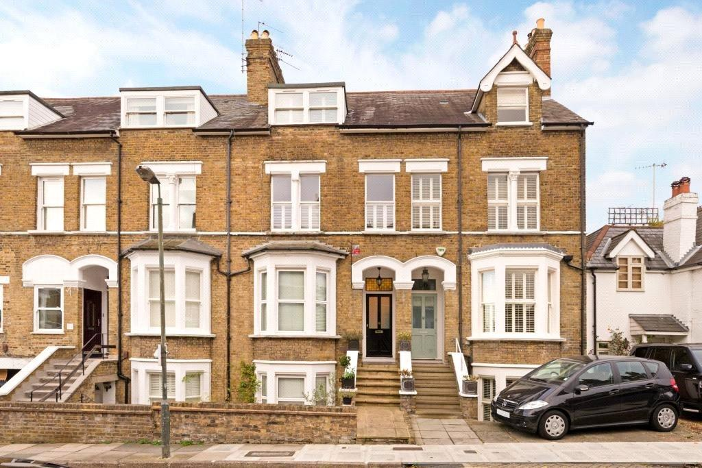 2 Bedrooms Flat for sale in Halford Road, Richmond, Surrey, TW10