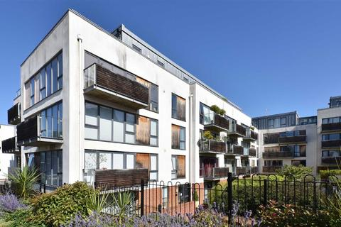3 bedroom flat to rent - Southdown House, Hove, East Sussex