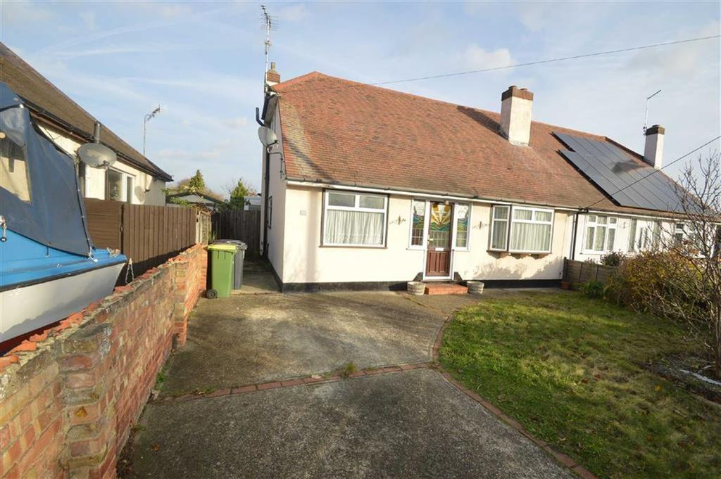 4 Bedrooms Chalet House for sale in Stambridge Road, Rochford, Essex