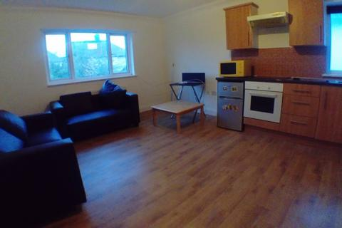 Studio to rent - Highcroft Gardens, Temple Fortune, NW11