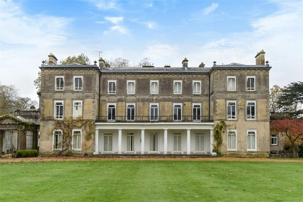 2 Bedrooms Flat for sale in Brambridge Park, Brambridge, Hampshire