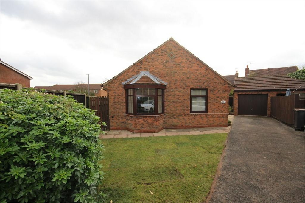 3 Bedrooms Detached Bungalow for sale in Dawlish Close, Horeston Grange, Nuneaton