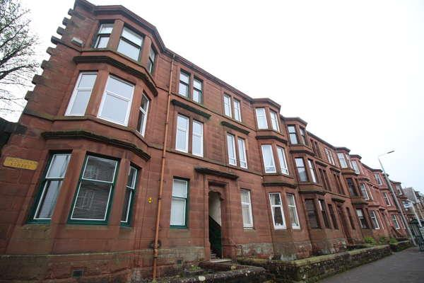 2 Bedrooms Flat for sale in 1/2, 33 Brougham Street, Greenock, PA16 8AG