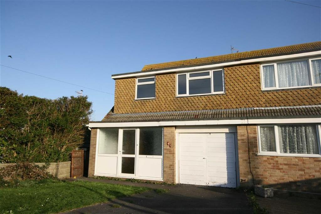 3 Bedrooms Semi Detached House for sale in Cissbury Avenue, Peacehaven
