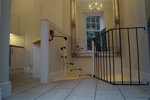 1 bedroom flat to rent - West Mall, Clifton, Bristol