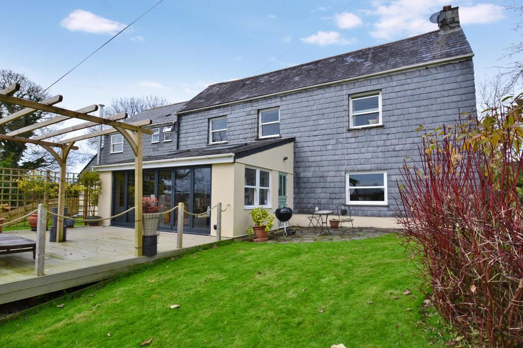 3 Bedrooms Detached House for sale in St Neot, Liskeard