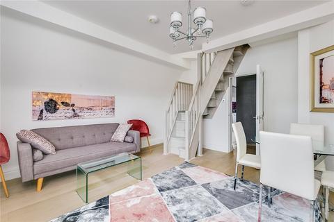 3 bedroom flat to rent - Hogarth House, Erasmus Street, London