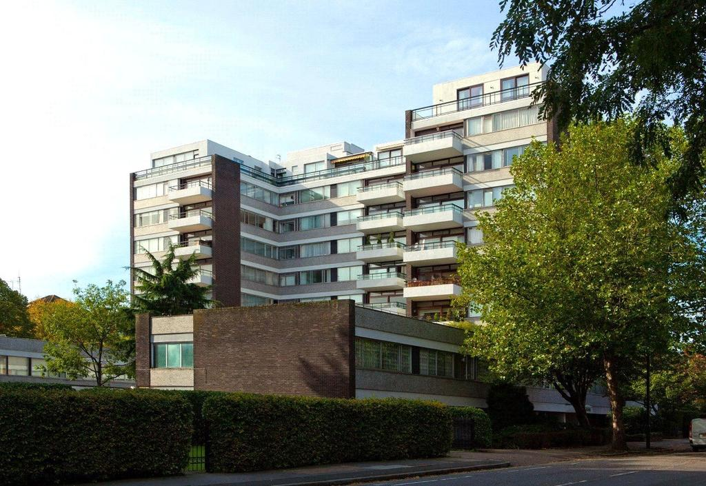 4 Bedrooms Flat for sale in T, London House, Avenue Road, St John's Wood, NW8