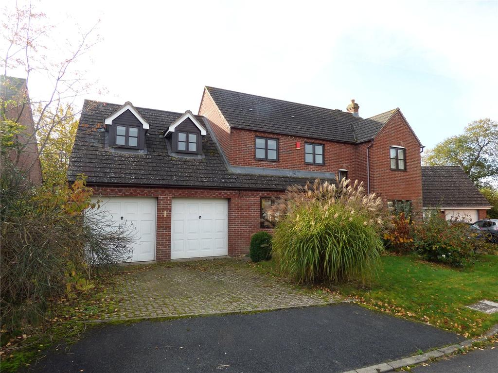 5 Bedrooms Detached House for sale in The Meadows, Hay-on-Wye, Hereford, Powys