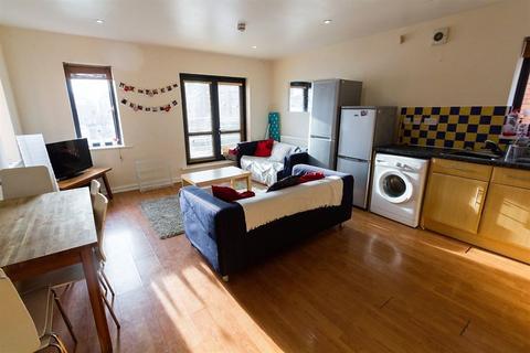 6 bedroom apartment to rent - Flat 2, Ash Road, Headingley, LS6 3JJ