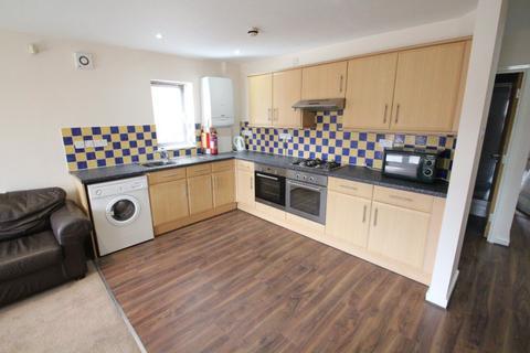 6 bedroom house to rent - Flat 1, Ash Road, Headingley, LS6 3JJ