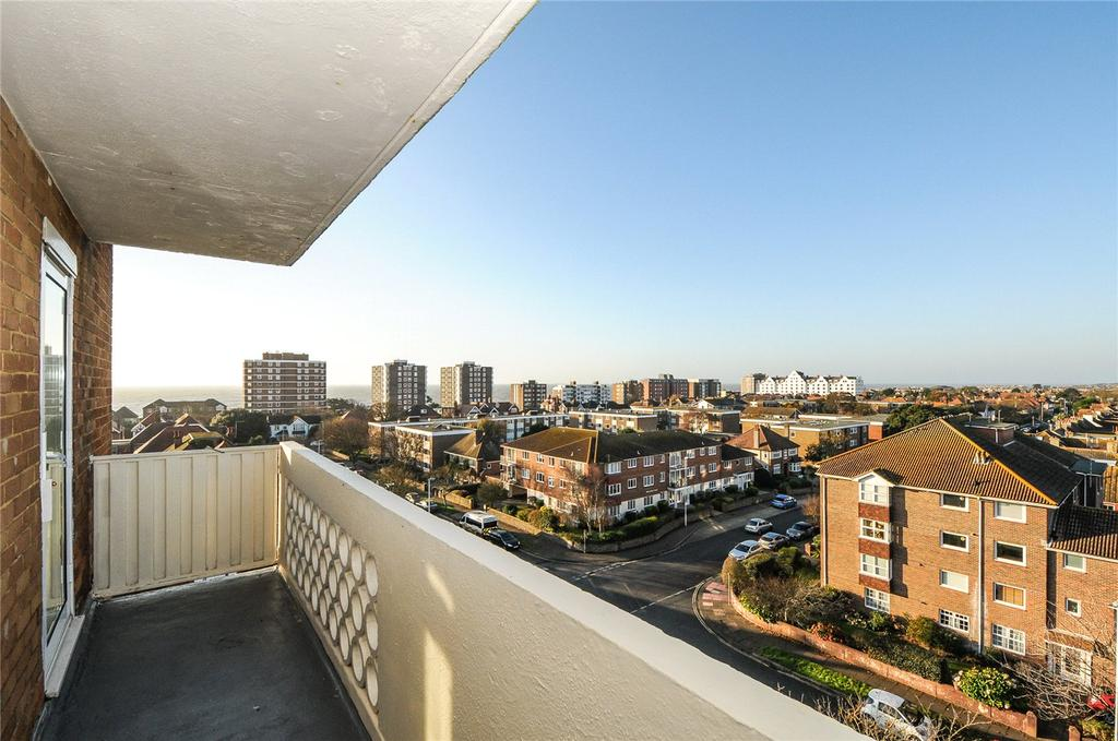 2 Bedrooms Flat for sale in Manor Lea, Boundary Road, Worthing, West Sussex, BN11