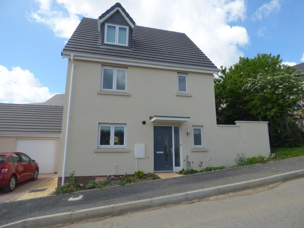 4 Bedrooms Detached House for sale in Chariot Drive, Kingsteignton, TQ12 3GF