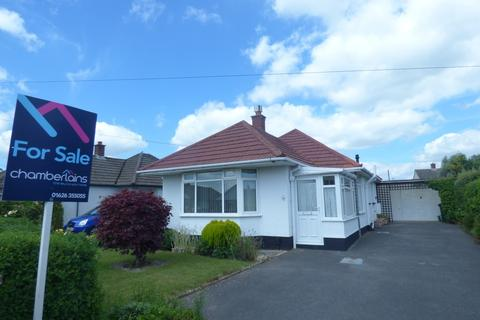 3 bedroom detached bungalow for sale - Abbrook Avenue, Kingsteignton, TQ12 3PA