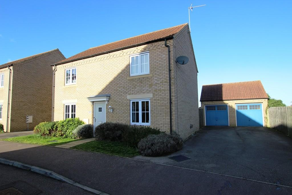 4 Bedrooms Detached House for sale in Longchamp Drive, Ely