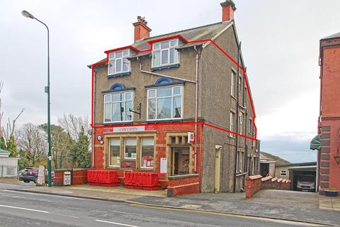 3 bedroom apartment for sale - High Street, Criccieth, North Wales