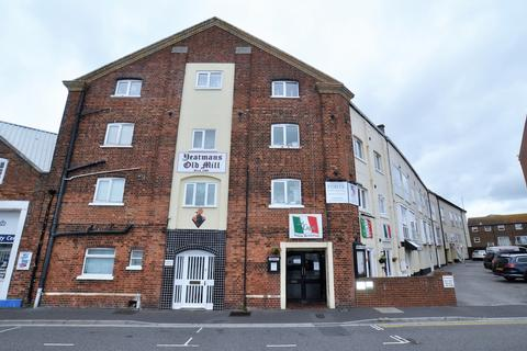 1 bedroom flat to rent - Yeatmans Old Mill, The Quay, Poole
