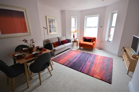 1 bedroom flat to rent - St. Peters Road, Bournemouth, Dorset