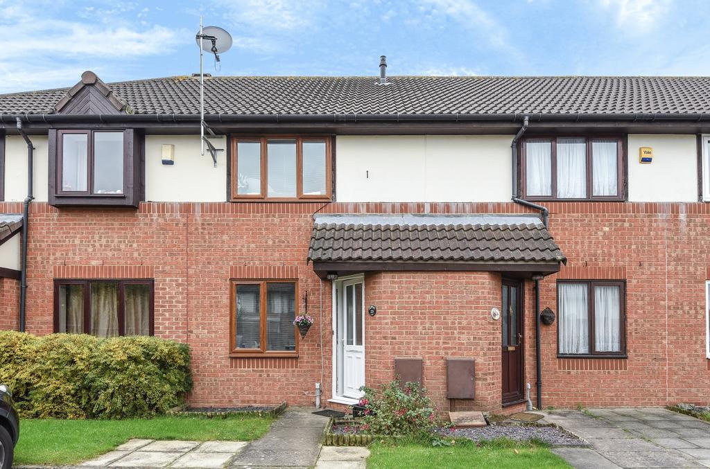 2 Bedrooms Terraced House for sale in Hayes Road Greenhithe DA9