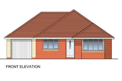 3 bedroom detached bungalow for sale - Church Road, Brightlingsea