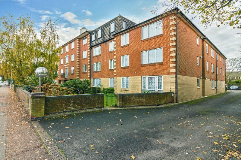 1 Bedroom Retirement Property for sale in Broadwater Road, Worthing