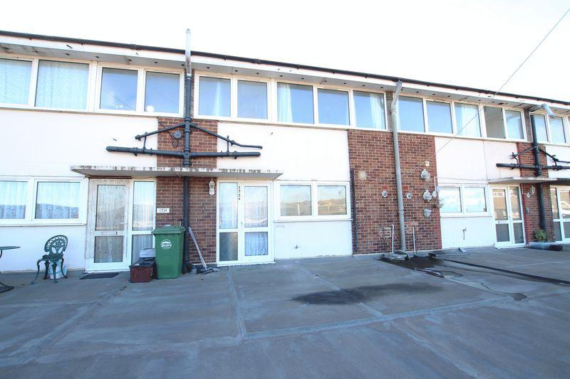 3 Bedrooms Flat for sale in Crayford Road, Dartford