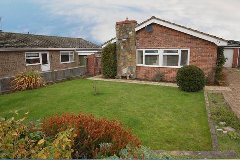 3 bedroom detached bungalow for sale - Woodland Rise West, Sheringham