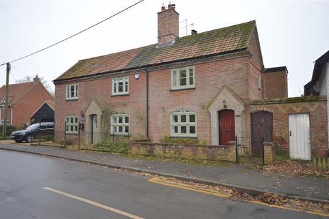 6 bedroom house for sale - Broadmoor Road Carbrooke