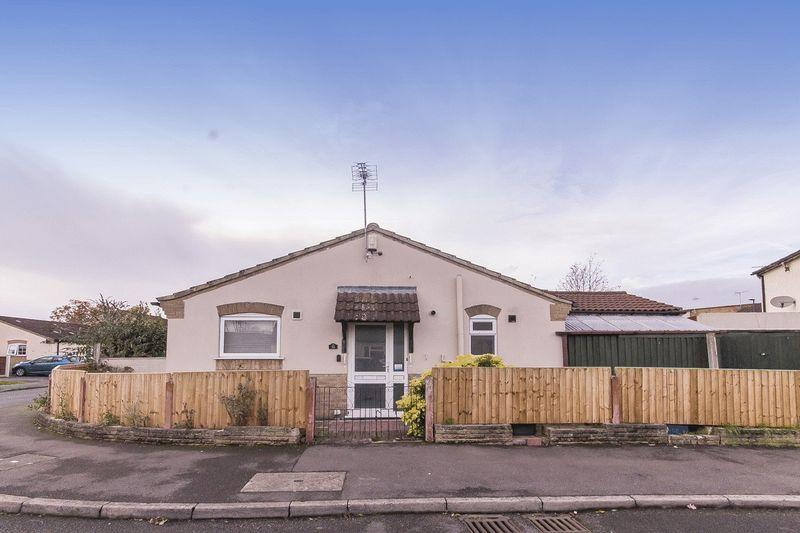 2 Bedrooms Semi Detached Bungalow for sale in Thorness Close, Derby
