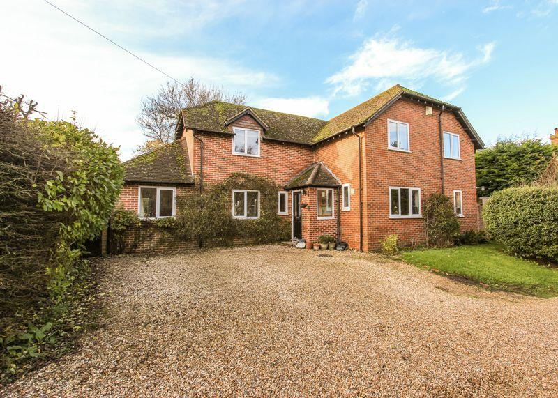 4 Bedrooms Detached House for sale in Farnborough, Wantage