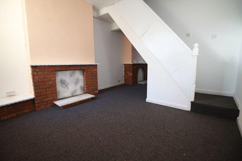 2 Bedrooms Terraced House for rent in Aire Street, Middlesbrough