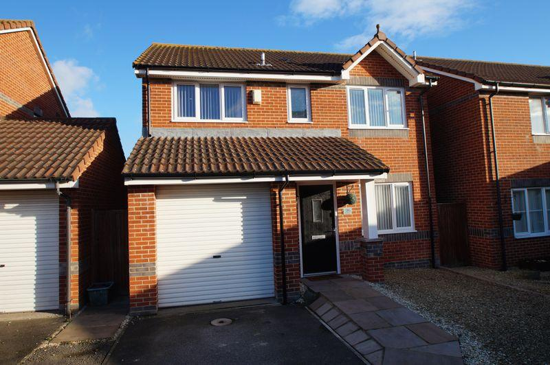 4 Bedrooms Detached House for sale in Wilde Close, Burnham-On-Sea