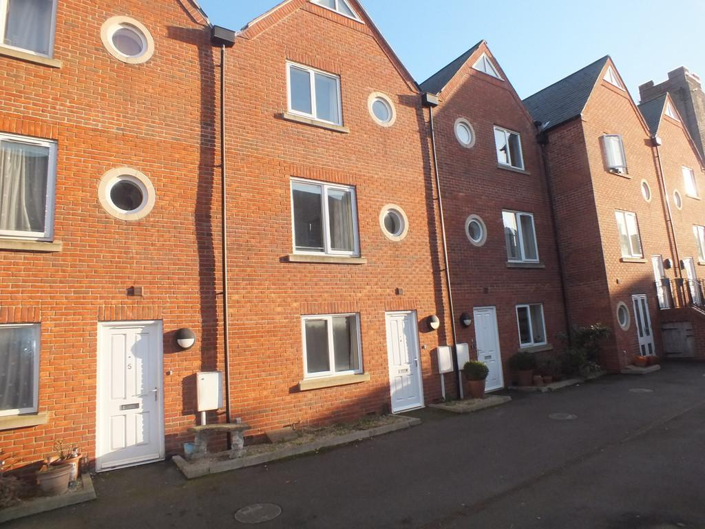 3 Bedrooms Terraced House for sale in Albion Wharf, Spalding