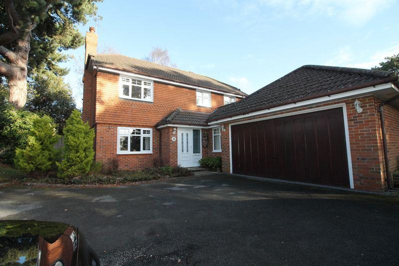 4 Bedrooms Detached House for sale in Vyner Road South, Prenton