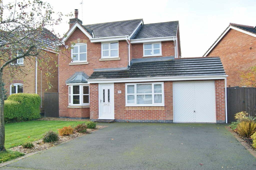 4 Bedrooms Detached House for sale in Avondale Crescent, Pandy