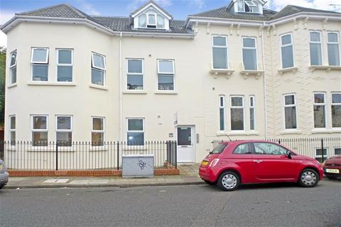 1 bedroom flat for sale - St. Ronans Road, Southsea, Hampshire