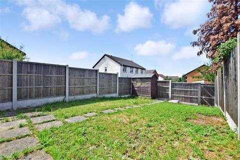 1 bedroom ground floor maisonette for sale - Horkesley Way, Wickford, Essex