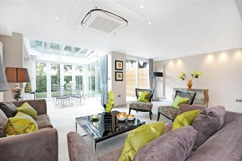 4 bedroom apartment to rent - Court Close Court Close, St. Johns Wood Park, St Johns Wood, NW8