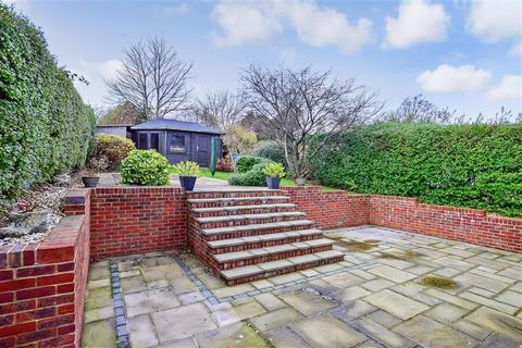 3 bedroom bungalow for sale - Crescent Drive North, Woodingdean, Brighton, East Sussex