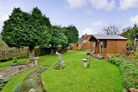 3 bedroom bungalow for sale - Balsdean Road, Woodingdean, Brighton, East Sussex