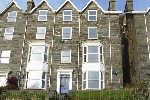 3 bedroom flat for sale - Flat 3, 2 Porkington Terrace, Barmouth, LL42