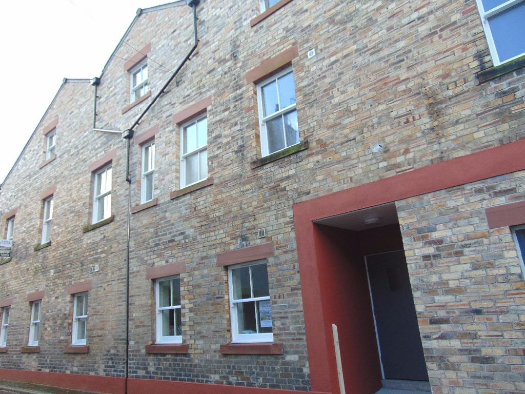 2 Bedrooms Apartment Flat for sale in John Dalton House Apartment 10, Challoner Street, Cockermouth, Cumbria, CA13 9LE