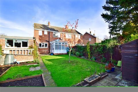 3 bedroom semi-detached house for sale - Woodbrook, Charing, Ashford, Kent