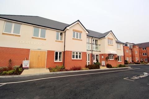 1 bedroom flat for sale - Pole Barn Lane, Frinton on Sea