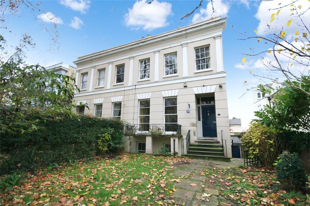 4 Bedrooms Semi Detached House for sale in London Road, Cheltenham, GL52