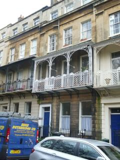 2 bedroom flat to rent - Caledonia Place - Basement Flat