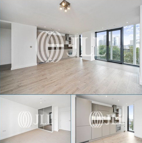 2 bedroom flat to rent - Stratosphere Tower, 55 Great Eastern Road, London, E15