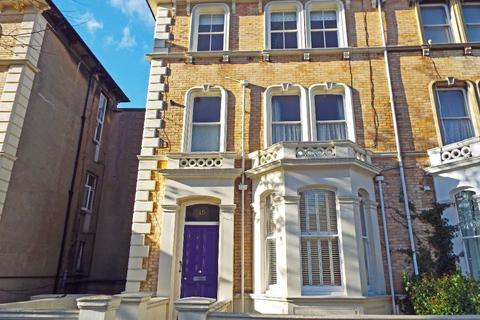 3 bedroom flat for sale - Selborne Road Hove East Sussex BN3