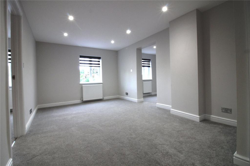 2 Bedrooms Flat for sale in Kemps Fasteners, Church Road, Windlesham, Surrey